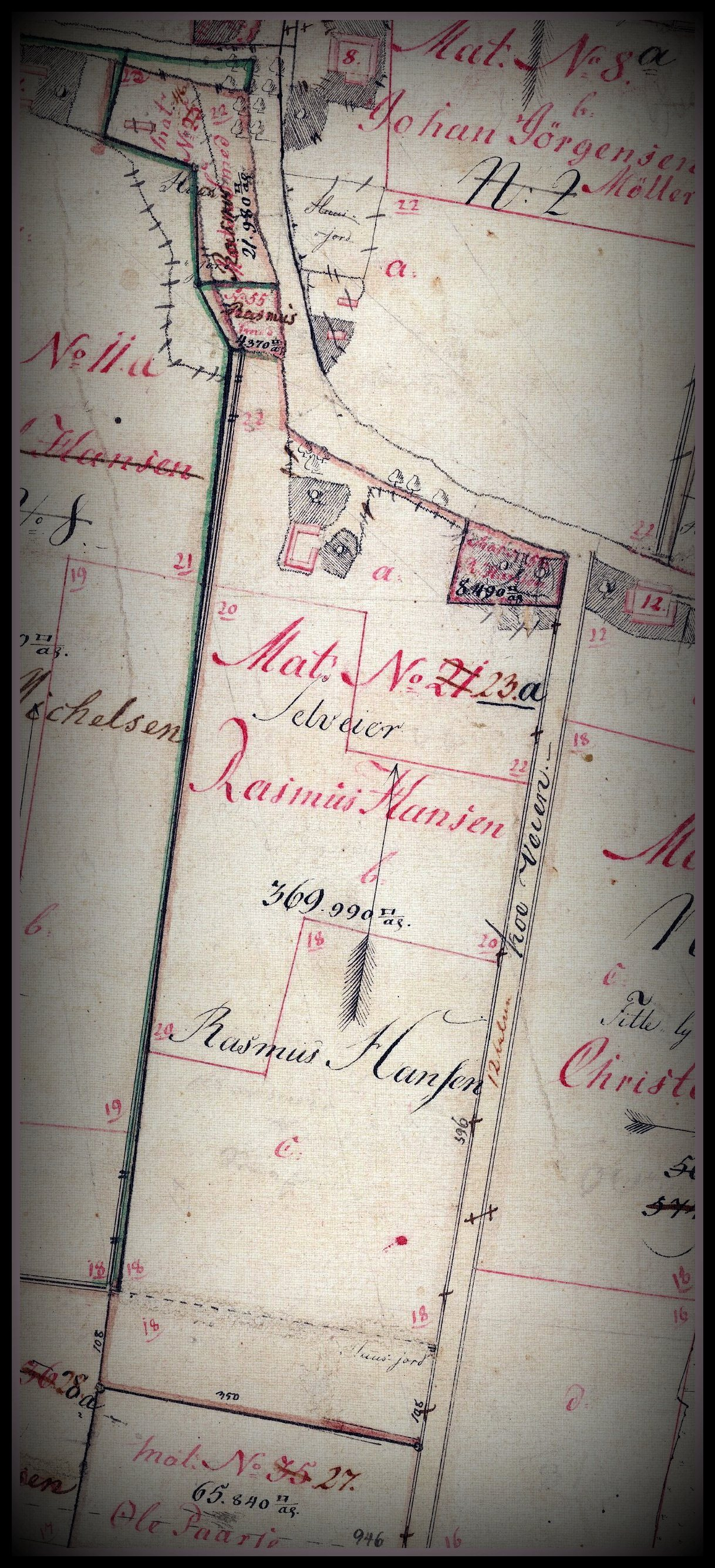"""Udsnit af matrikelkort over Gloslunde by 1808-1861, hvor der står """"Selveier Rasmus Hansen"""" på nr. 23a"""